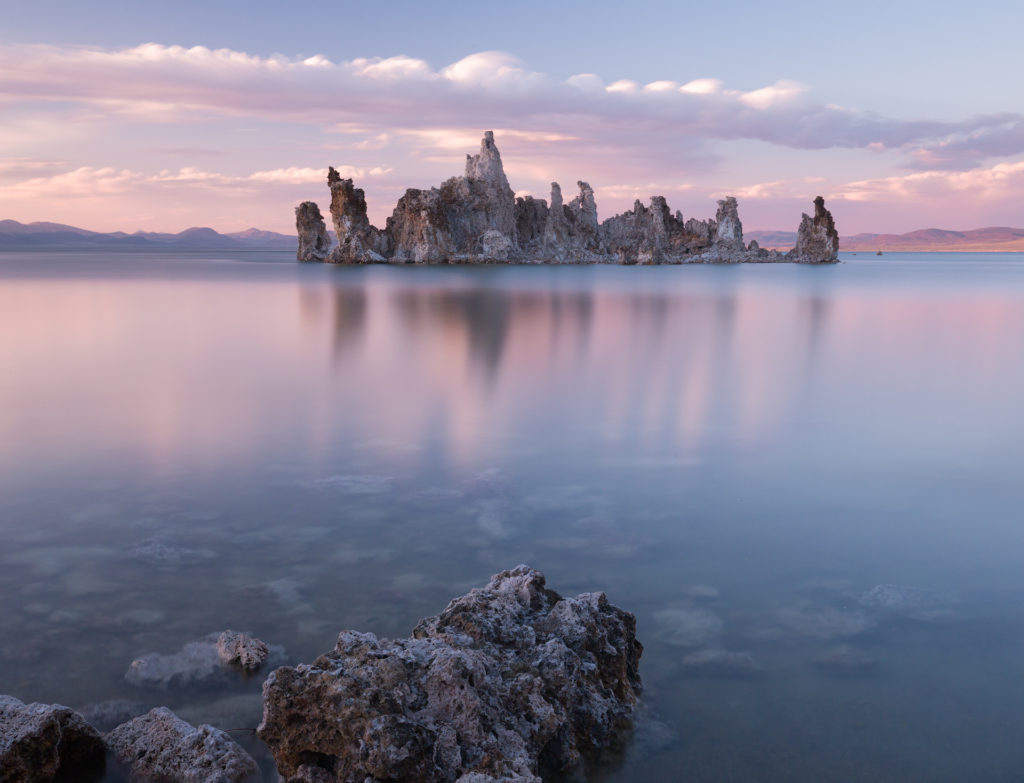 Mono Lake Sierra Nevada Mountains