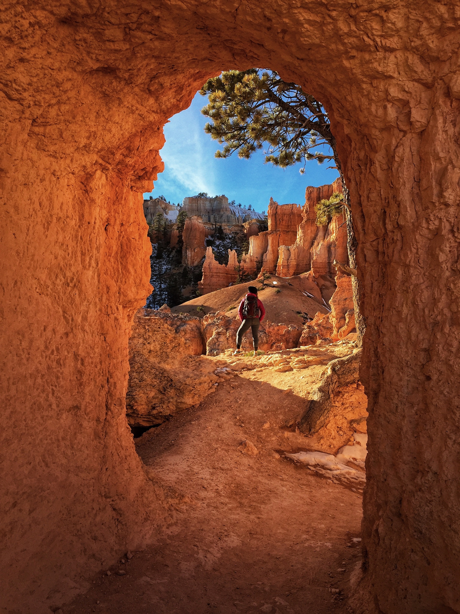 """Peek-A-Boo Loop Trail"" in Bryce National Park"